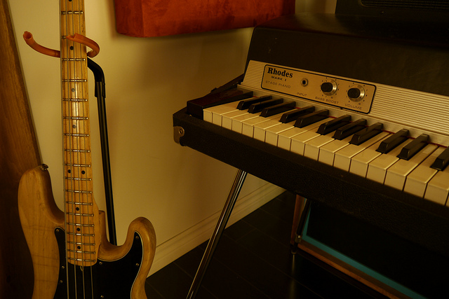 RhodesMark 1 and bass